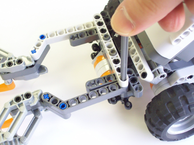 Tri-Bot Claw and Touch Sensor Removal