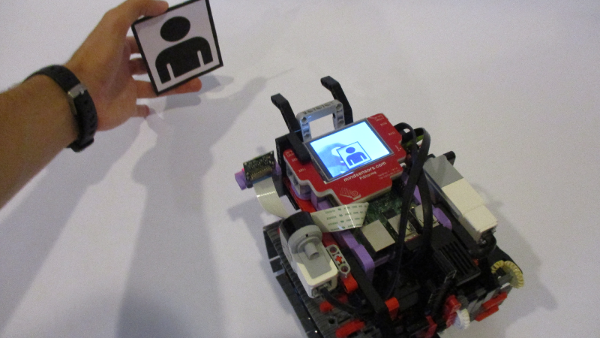Image Recognition Robot with PiStorms and Pi Camera